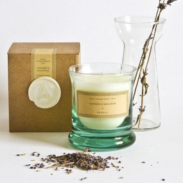 AEQUILL candle